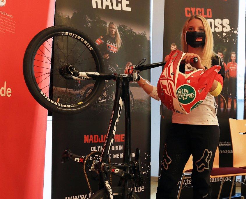Nadja Pries - Team Schamel BMX